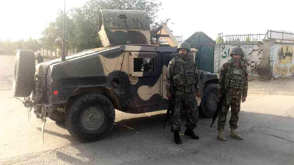 Suicide blast hits Afghan capital Kabul, 5 killed