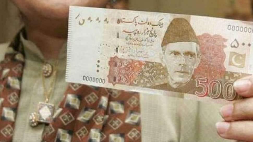 Pakistani rupee tumbles as central bank faces a crisis