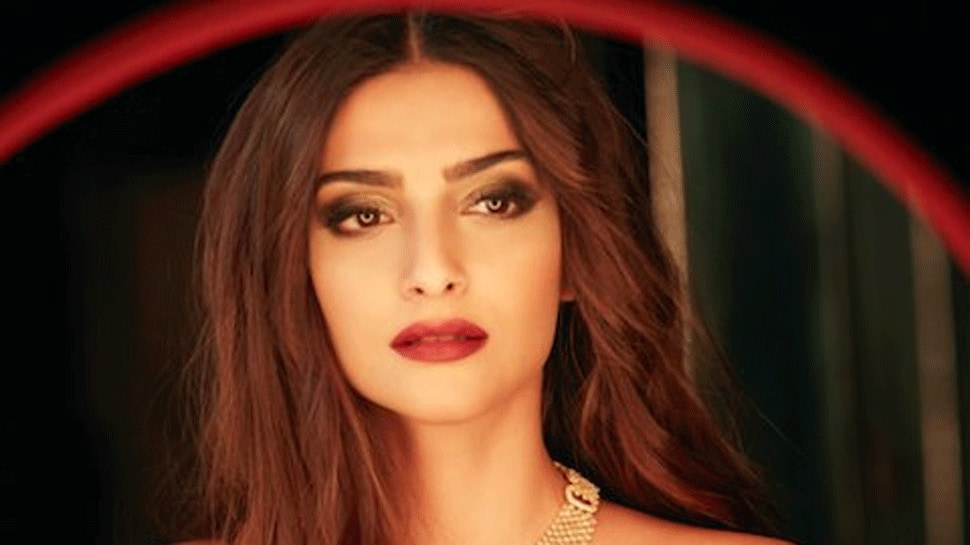 Sonam Kapoor talks about PMS perils, shows off her acne like no other — Watch