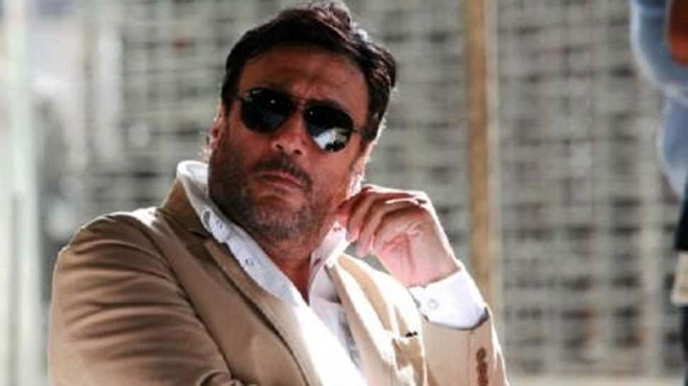Jackie Shroff clears traffic on busy Lucknow road, video goes viral—Watch