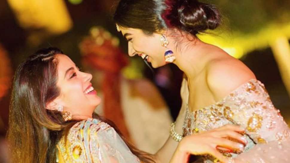 Janhvi Kapoor's younger sister Khushi to enter Bollywood?