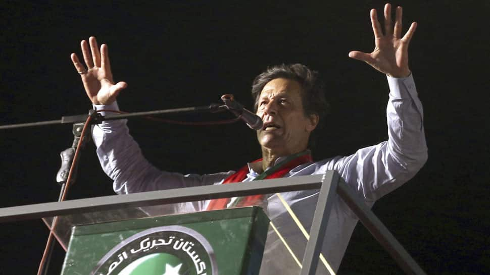 Election Commission of Pakistan may cancel Imran Khan's vote for violating code of conduct