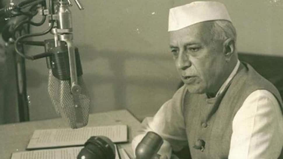 Jawaharlal Nehru's photo replaced with Vinayak Savarkar in Goa's Class X textbook: NSUI
