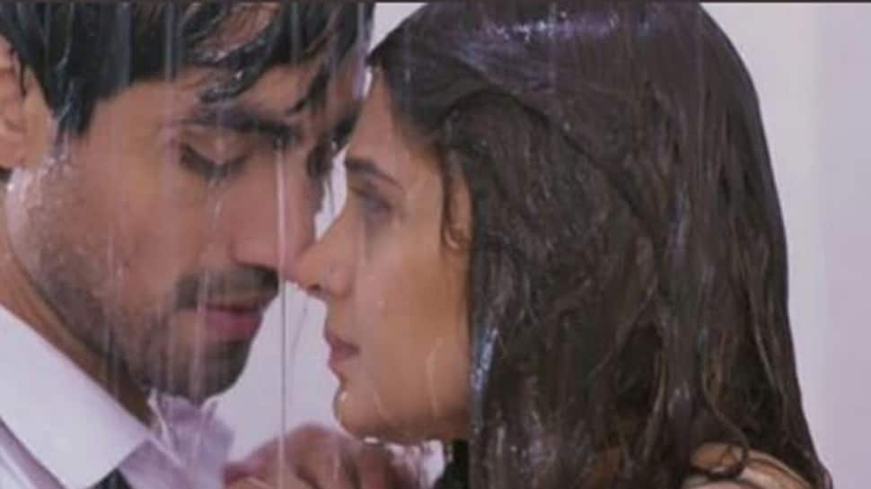 Jennifer Winget-Harshad Chopda's 'shower scene' in Bepannah sets the temperatures soaring-Watch