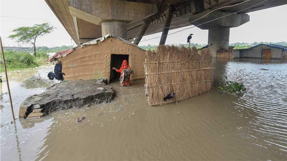 Flood situation worsens in Delhi as Yamuna peaks over danger mark, people being evacuated