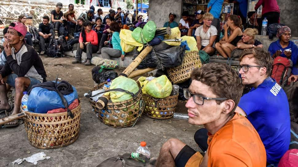Indonesia earthquake: Over 700 trekkers, stuck at Mount Rinjani, begin descend