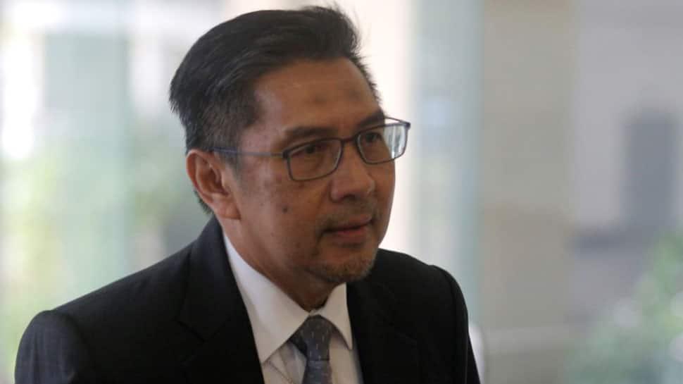 Malaysia aviation chief Azharuddin Abdul Rahman resigns over MH370 lapses
