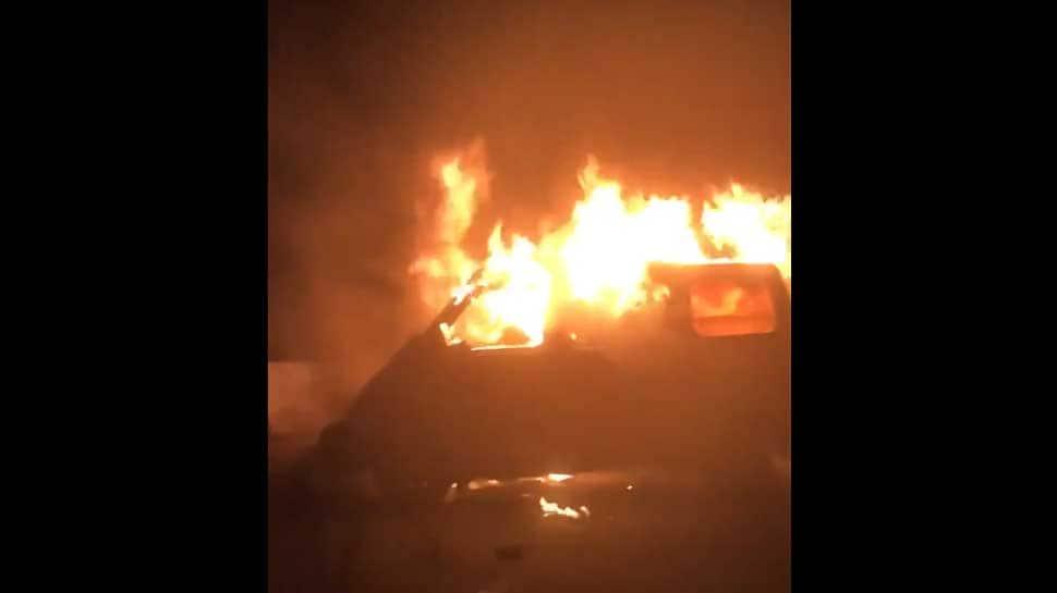 Man burnt to death as car catches fire in Delhi's Ambedkar Nagar - Watch