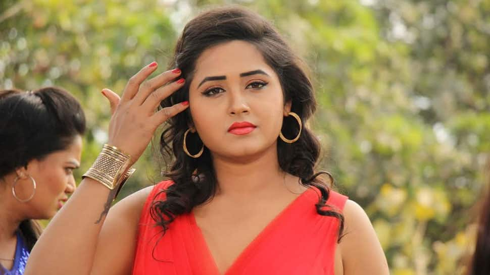 Kajal Raghwani turns reel-life mother, breastfeeds baby for 'Sangharsh'