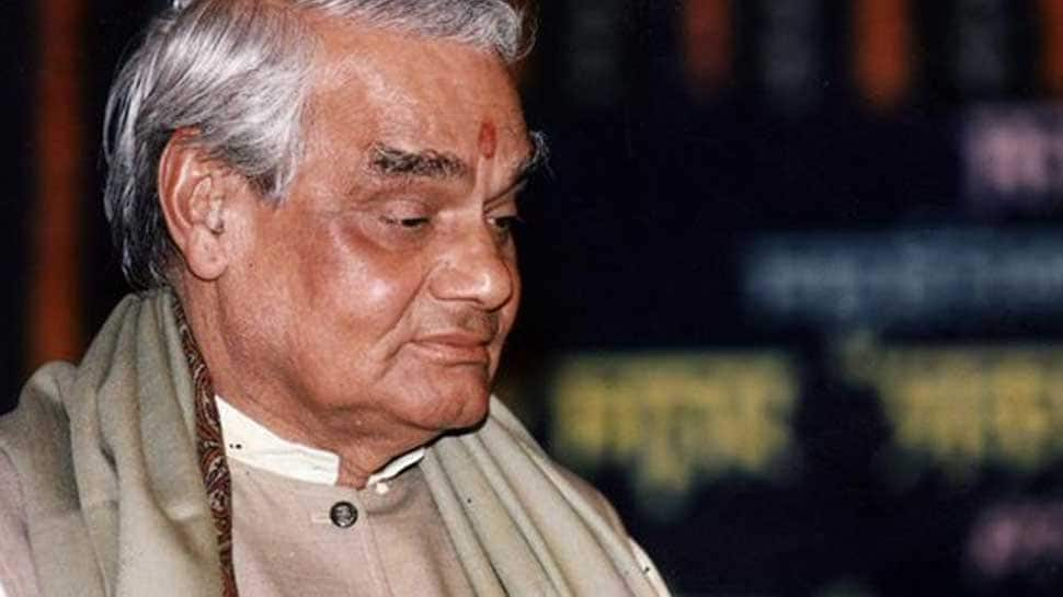 Atal Bihari Vajpayee on life support system, political leaders visit him at AIIMS