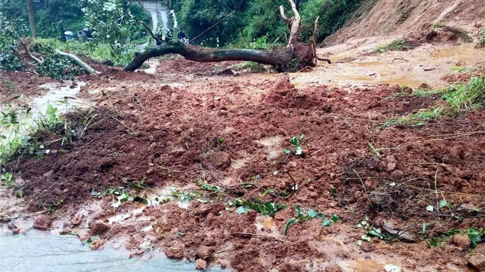 Heavy rains lashes Karnataka, landslides in Kodagu district