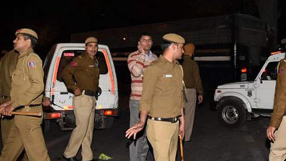 Delhi: Three thrashed for objecting to vulgar gestures made towards their female friend