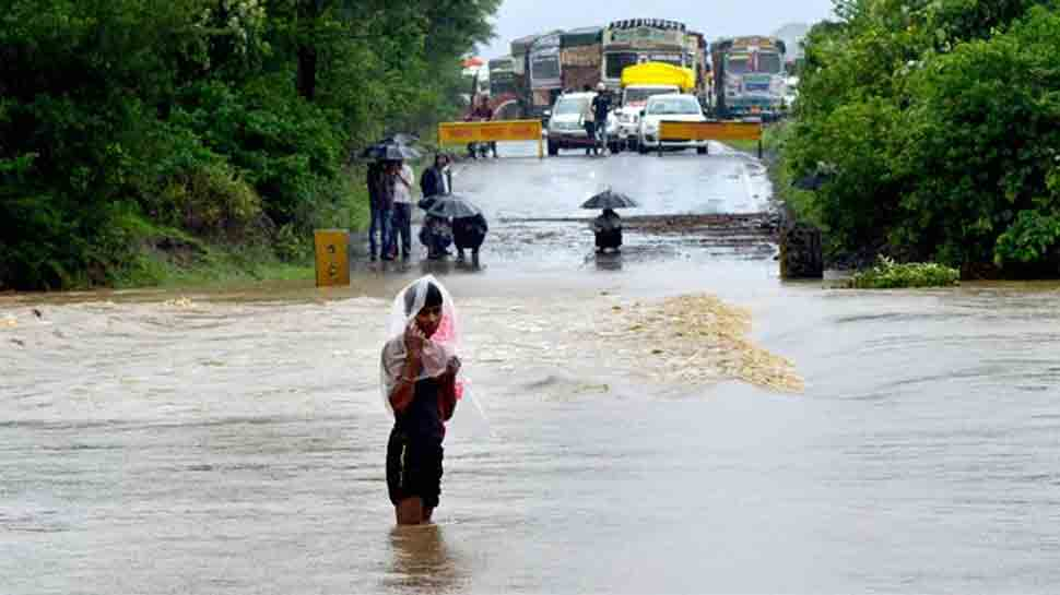 Rs 600 cr damage in floods in east, west Godavari districts: Andhra CM Chandrababu Naidu
