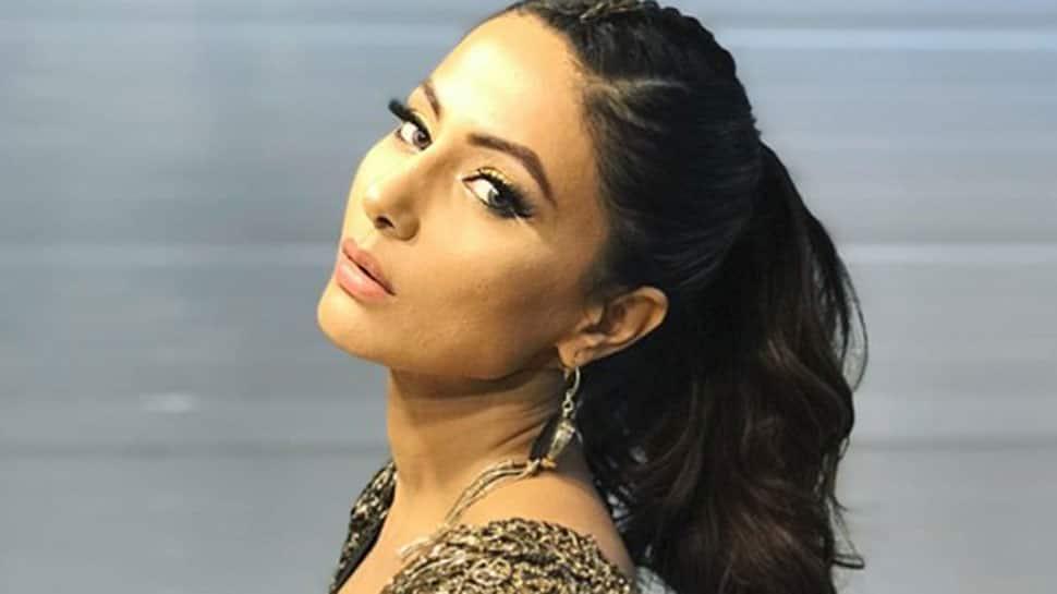 Hina Khan looks stunning at Ekta Kapoor's AltBalaji web
