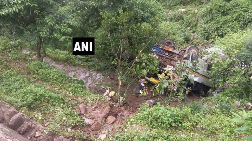 Uttarakhand: 2 dead, 21 injured after bus falls into gorge in Tehri Garhwal