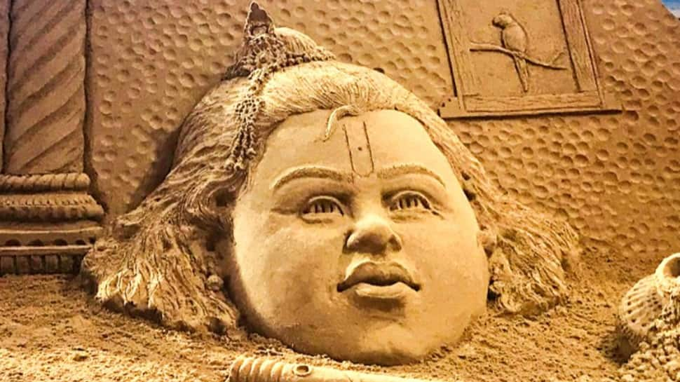 Janmashtami 2018: Sudarsan Pattnaik's sand art on Shri Krishna's birthday is unmissable—See pic