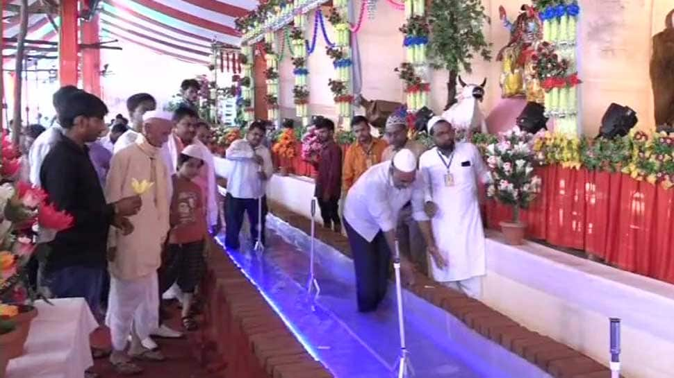 Hindus and Muslims celebrate Janmashtami together in Agra