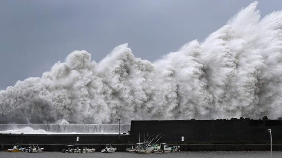 Typhoon Jebi: Japan issues evacuation advisories for 1 million people, cancells 100s of flights