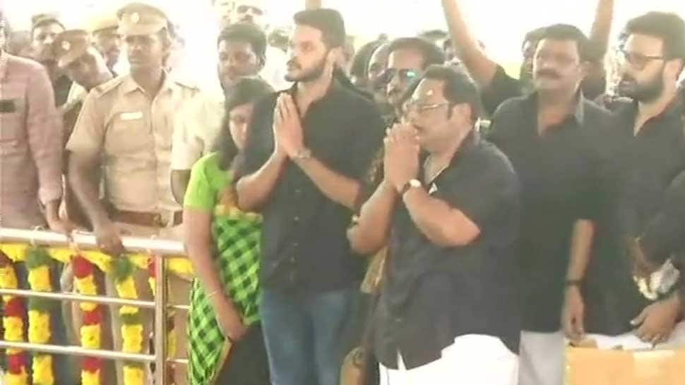 Show of strength by MK Alagiri at Karunanidhi's memorial, holds rally to 'guard' DMK