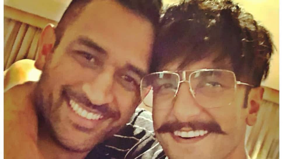 Ranveer Singh's selfie with MS Dhoni has got us hooked—See pic