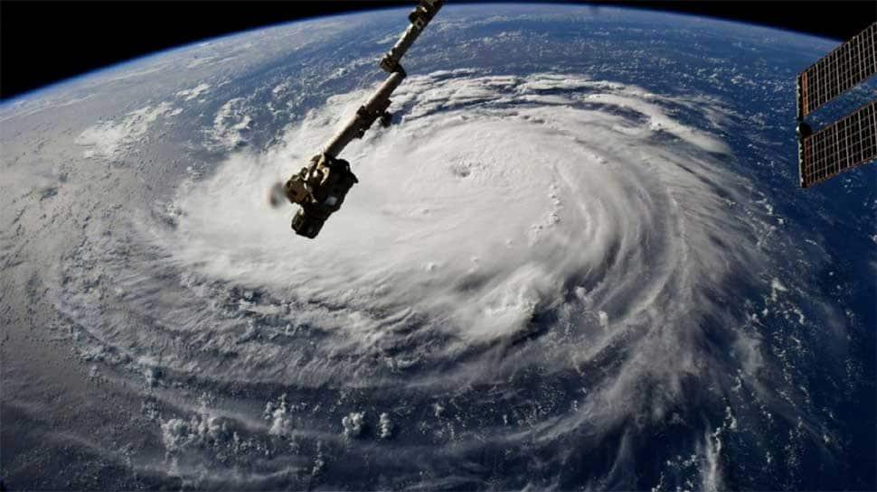 Hurricane Florence starts battering US East Coast