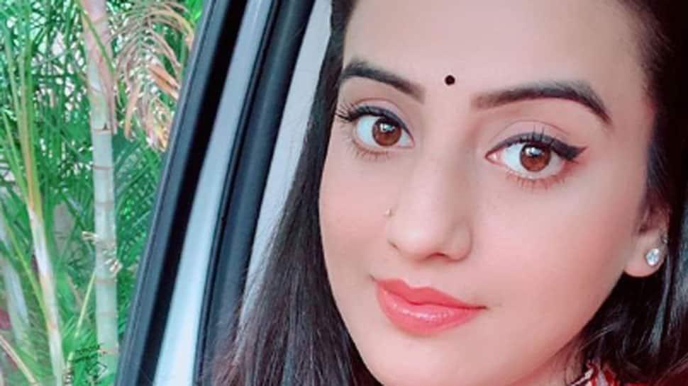 Akshara Singh is like a breath of fresh air in latest Instagram post