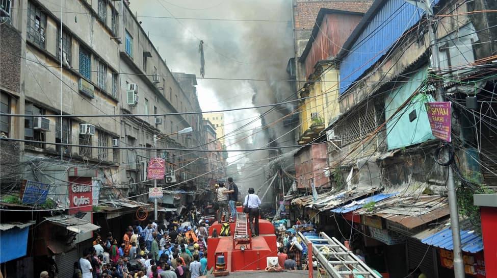Kolkata Bagree Market fire continues raging; 35 tenders, 250 firefighters on spot