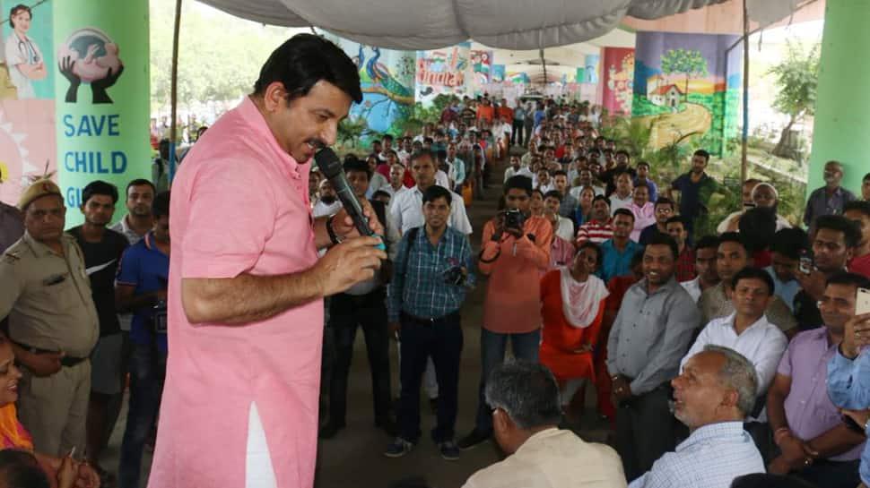 FIR against Delhi BJP chief Manoj Tiwari for breaking lock of sealed house