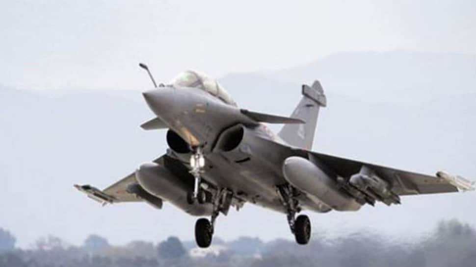 Rafale fighter jet deal: Congress leaders to meet CAG, demand probe