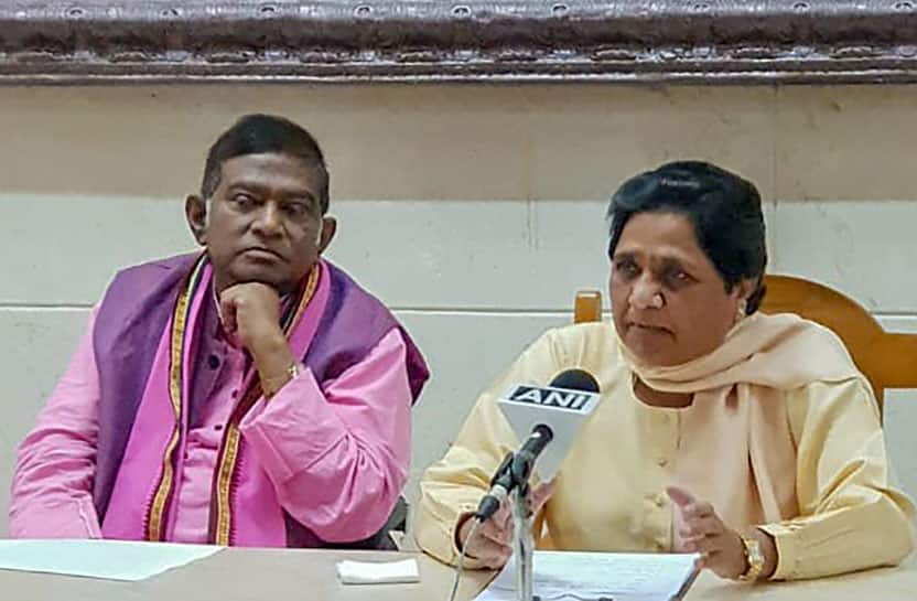Mayawati snubs Congress, joins hand with Ajit Jogi for Chhattisgarh polls