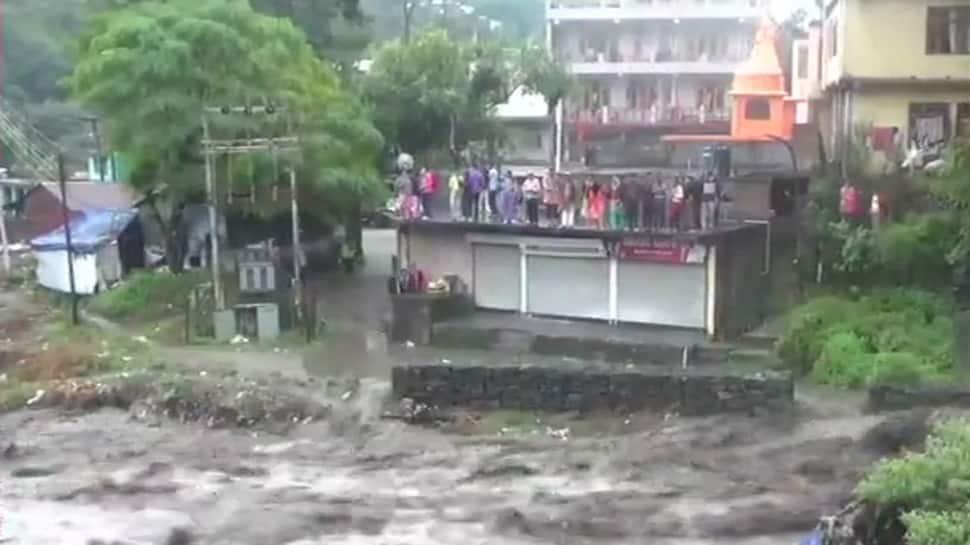 Rain disrupts normal life in Himachal Pradesh