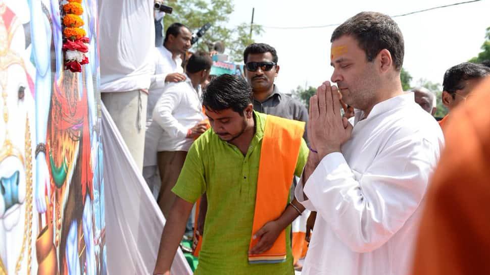Watch: Rahul Gandhi offers prayers to lord Shiva amid 'Bam Bam Bhole' chants