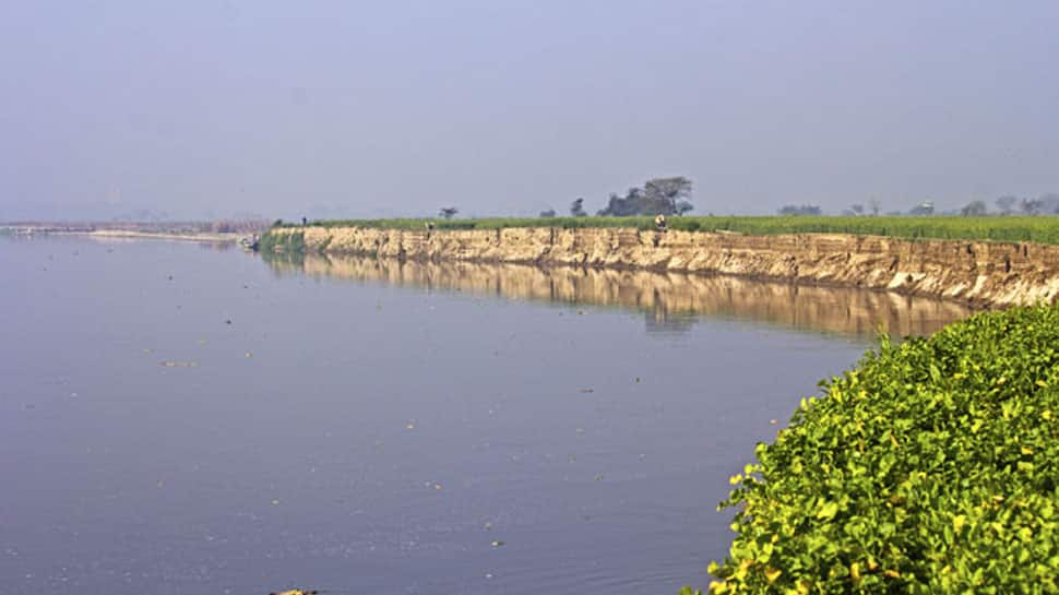 Yamuna crosses danger mark in Delhi after release of water from Haryana's Hathnikund barrage