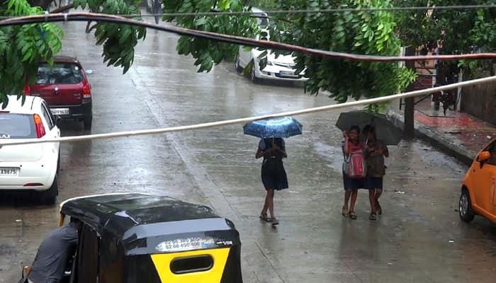 Respite for Mumbaikars as heavy rains, thunderstorm lash parts of Mumbai city