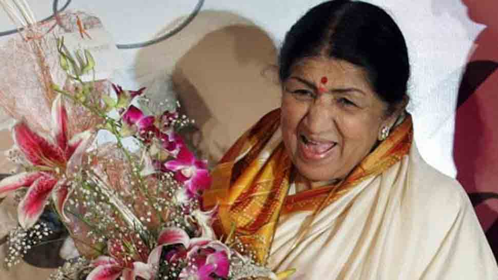 President Kovind, PM Modi wish Lata Mangeshkar on her birthday