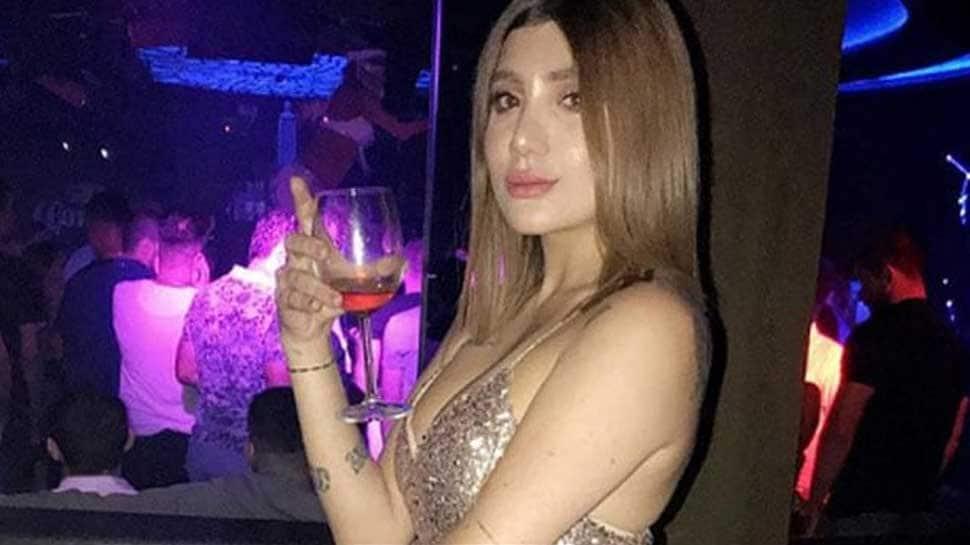Iraqi Instagram Model Murdered At Wheel Of Porsche In -3926