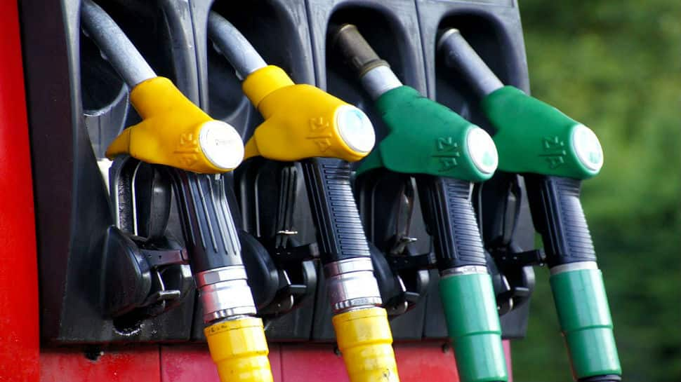 Marginal rise keeps petrol and diesel prices record high