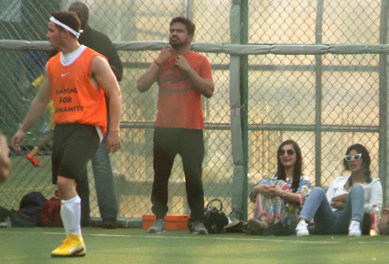Priyanka Chopra cheers for Nick Jonas while he plays football with MS Dhoni, Aditya Kapoor — See pics