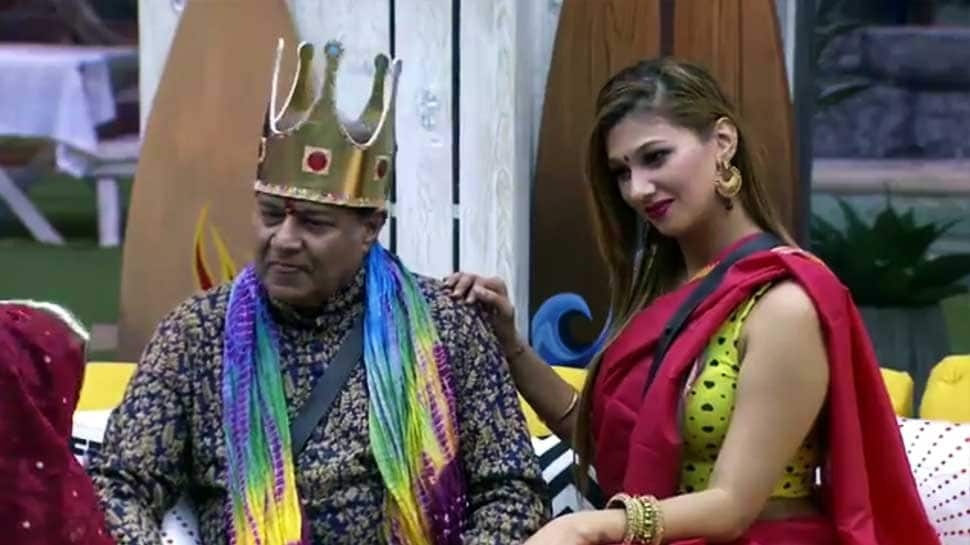 Bigg Boss 12 written updates: Anup Jalota and Jasleen Matharu part ways