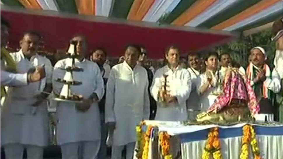 Rahul Gandhi, Congress leaders perform aarti during Narmada Puja in Madhya Pradesh