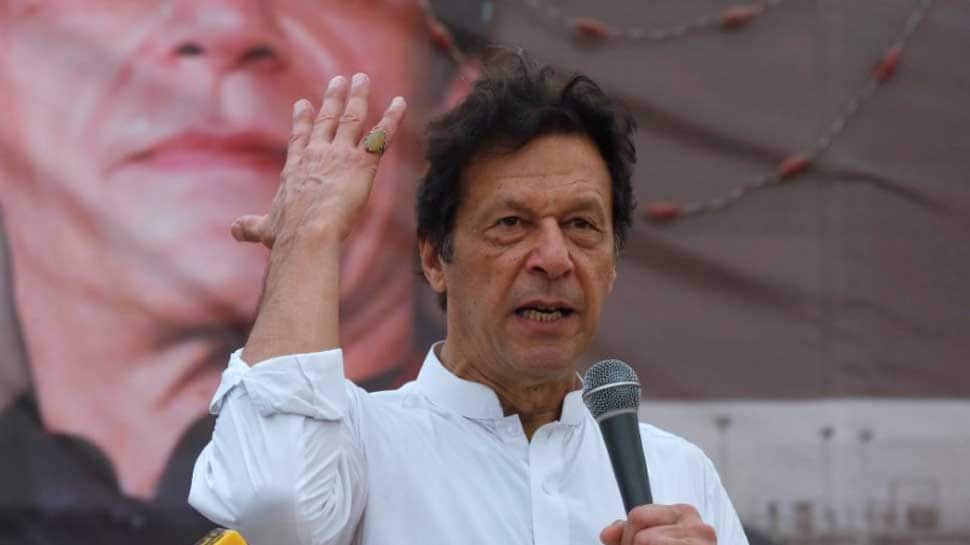 Taking cue from PM Narendra Modi, Imran Khan to launch 'Clean and Green Pakistan' campaign
