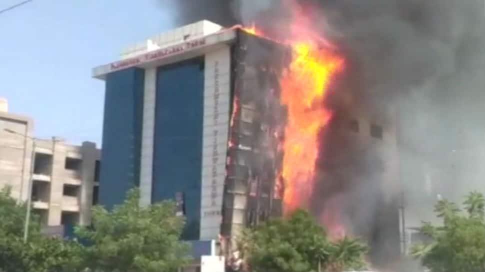 Massive fire engulfs building complex in Jodhpur