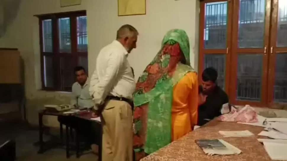 Voting for second phase of Jammu and Kashmir urban local body polls underway, mobile internet services suspended