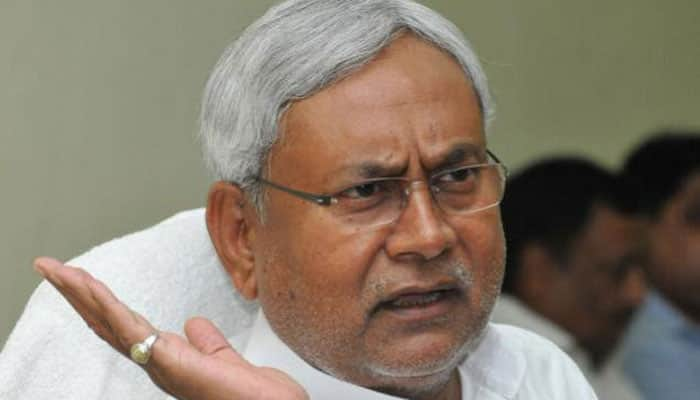Slipper thrown at Nitish Kumar at JDU event in Patna, one arrested