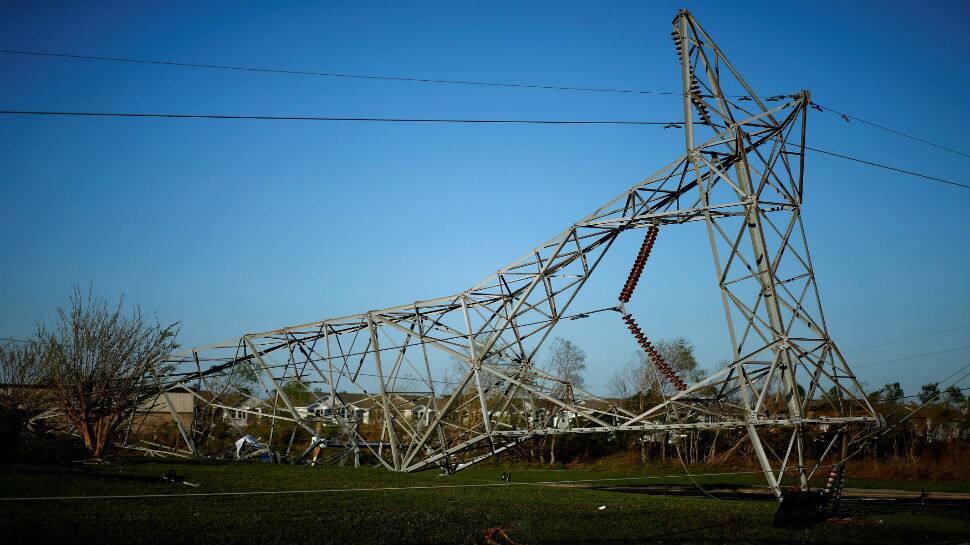 Hurricane Michael tears Florida towns apart, six dead