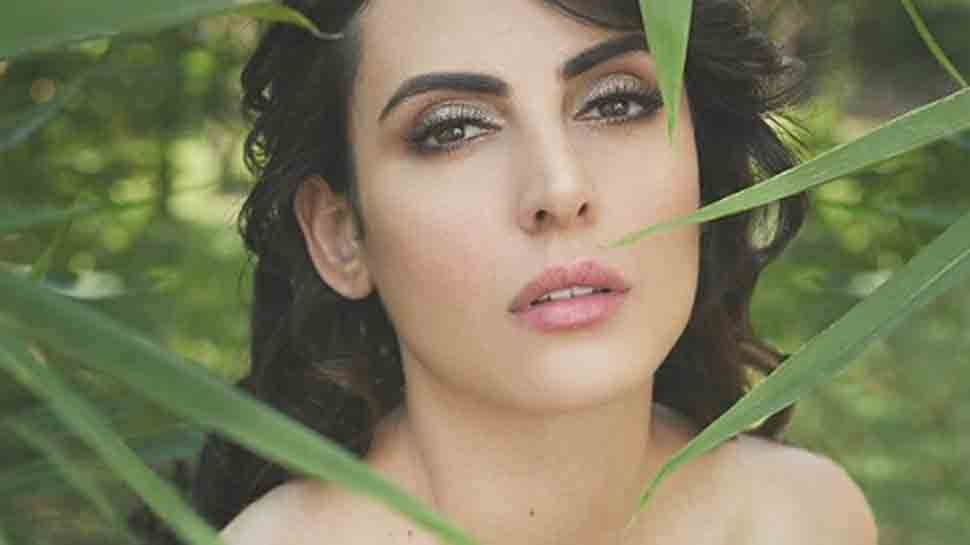 Former Bigg Boss contestant Mandana Karimi accuses Kya Kool Hai Hum 3 director Umesh Ghadge of on-set harassment