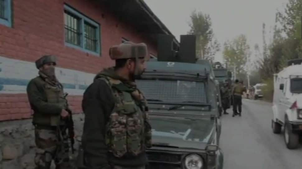 Army kills one in gun battle with terrorists in J&K's Pulwama
