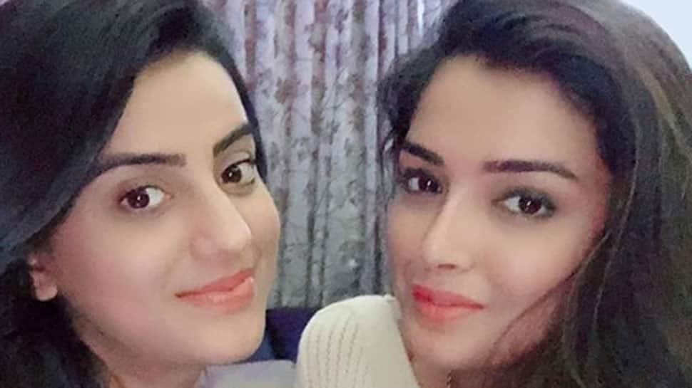 Akshara Singh and Amrapali Dubey's 'Piya Piya' video will remind you of Preity Zinta and Rani Mukerji - Watch