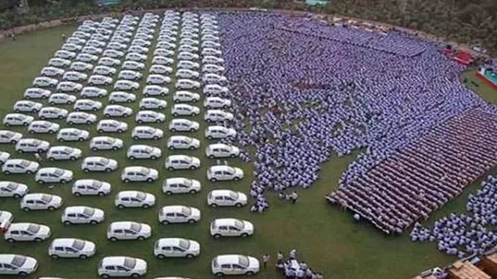 Surat businessman Savji Dholakia to gift cars to 600 employees for Diwali
