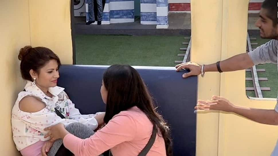 Bigg Boss 12 written updates: Housemates 'drink' chilli to win the captaincy race
